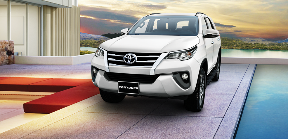 Toyota_Fortuner_-_Toyota_TiYn_Giang_1