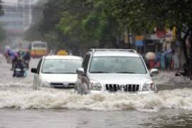 Những lỗi tài xế hay gặp phải khi lái xe lúc trời mưa