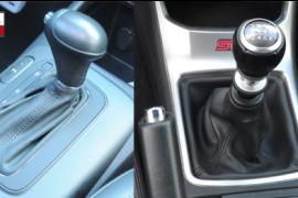 Nên mua xe Toyota số sàn hay số tự động?